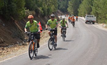 PRIVATE BICYCLE TOURS